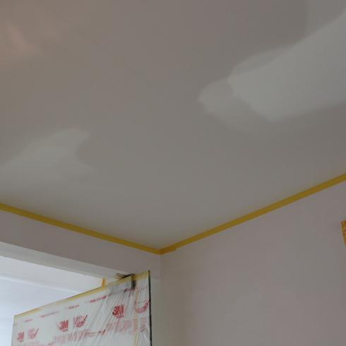Hoe een plafond verven?