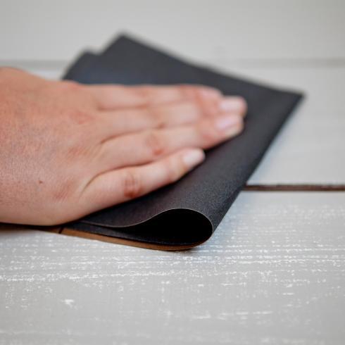 Hoe een houten vloer schilderen?