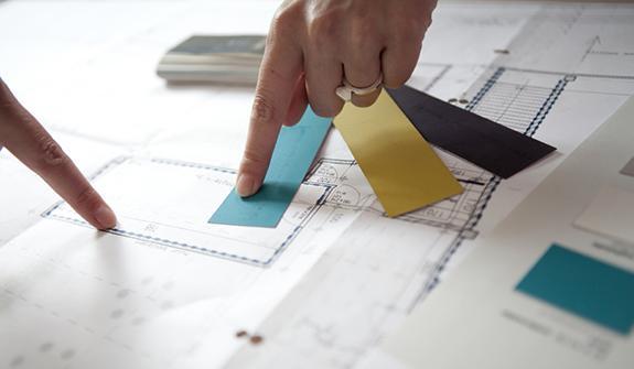 Heb je kleur- en verfadvies nodig? Vraag kleuradvies aan huis. Onze colora coaches helpen je om jouw project te realiseren