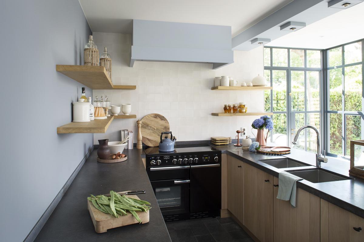 Keuken lichtblauw schilderen
