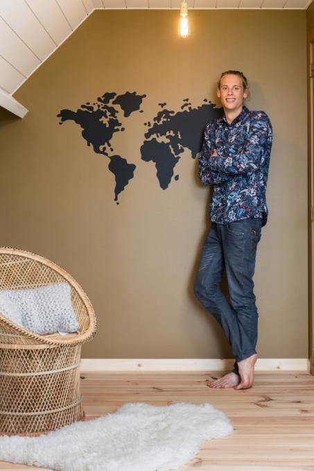 Plak een wereldkaart op je muur