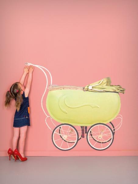 Muursticker kinderwagen