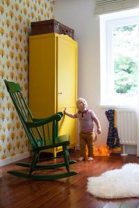 Tweedehands meubelen upcyclen: een persoonlijke toets voor je Kringwinkelkast