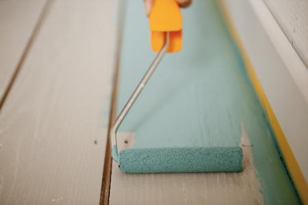 Hoe schilder je een houten vloer?
