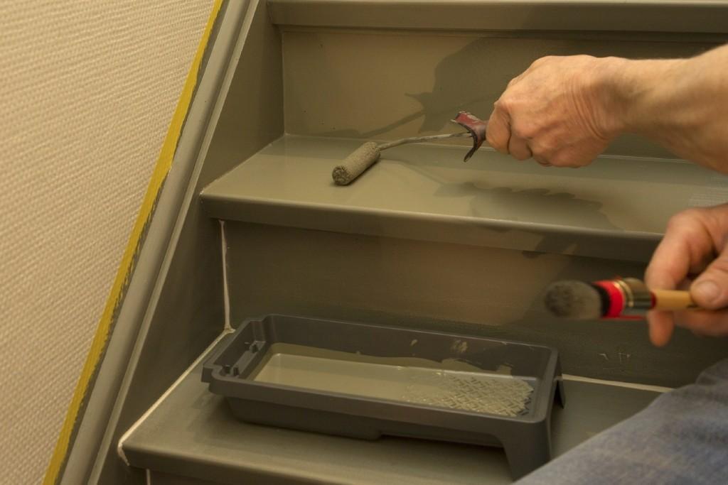 Trap schilderen: schilder de trap in 2 à 3 lagen