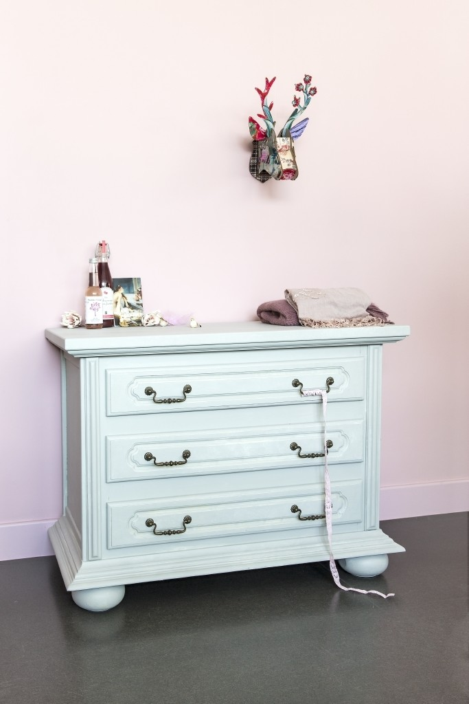 Decoratieve verftechniek meubelen Bohemia